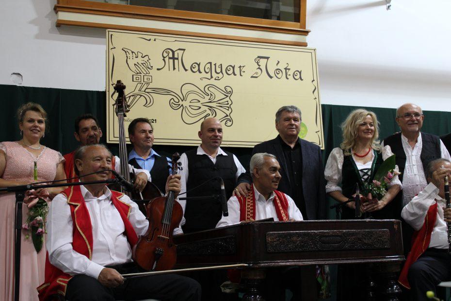 Megdobogtatta a szíveket a Magyar nóta és operett est